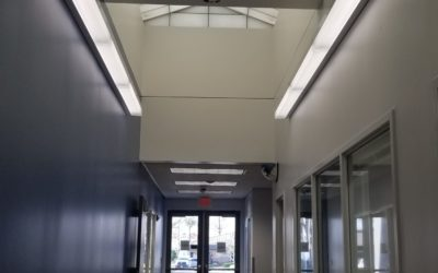 BSQ100 - Commercial, Corner Lighting, Under-Cabinet